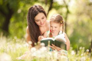 Relatia dintre mama si fiica. Cum educam fetitele?