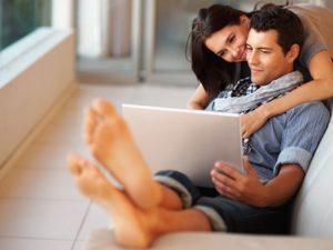 Read more about the article 7 Mituri despre momentul potrivit pentru a naste primul copil
