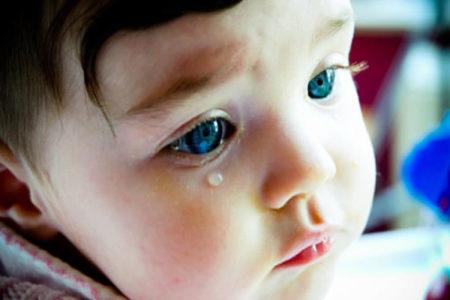 copilul nu vrea la gradinita -plange