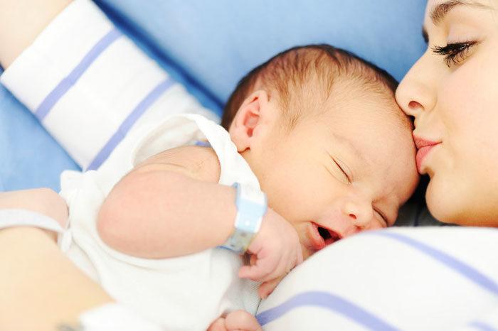3 s-uri la nou-nascut