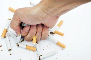 10 trucuri pentru a scapa de nevoia de a fuma