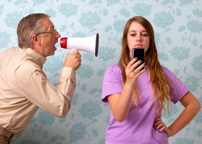 probleme de comportament la adolescenti