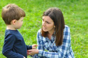 Cum sa nu mai strigam la copii si 7 motive de ce o facem