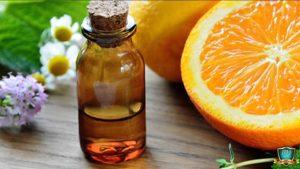 Read more about the article Ulei esential de portocale – pentru fata, par, celulita