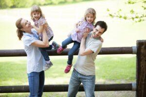 Read more about the article Parenting: Caracteristicile educarii gemenilor