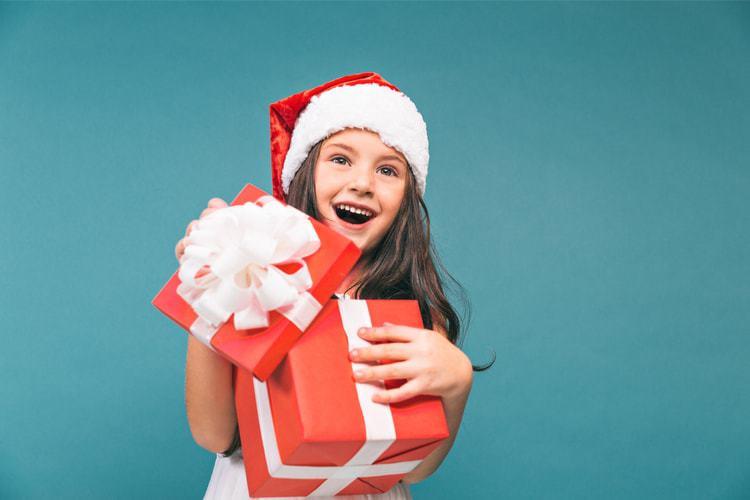 Ce cadouri oferim copiilor