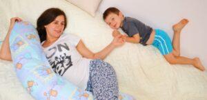 Odihna in timpul sarcinii: de ce este buna o perna pentru sarcina?