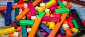 Cum alegem jucariile Montessori?