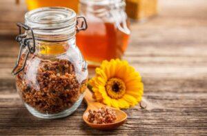 Read more about the article Cum se utilizează propolisul și beneficiile sale
