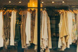 Read more about the article Iarna 2021-2022: Ce îmbrăcăminte pentru femei va fi în vogă