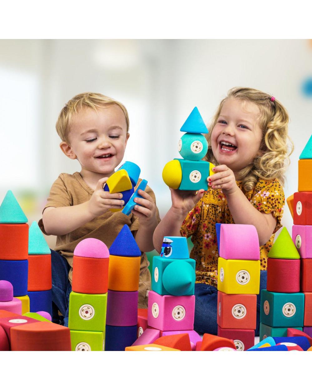 You are currently viewing Dezvoltare abilități: Cele mai bune jucării pentru copii